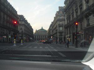 Latinus online Sunset on the streets of Paris